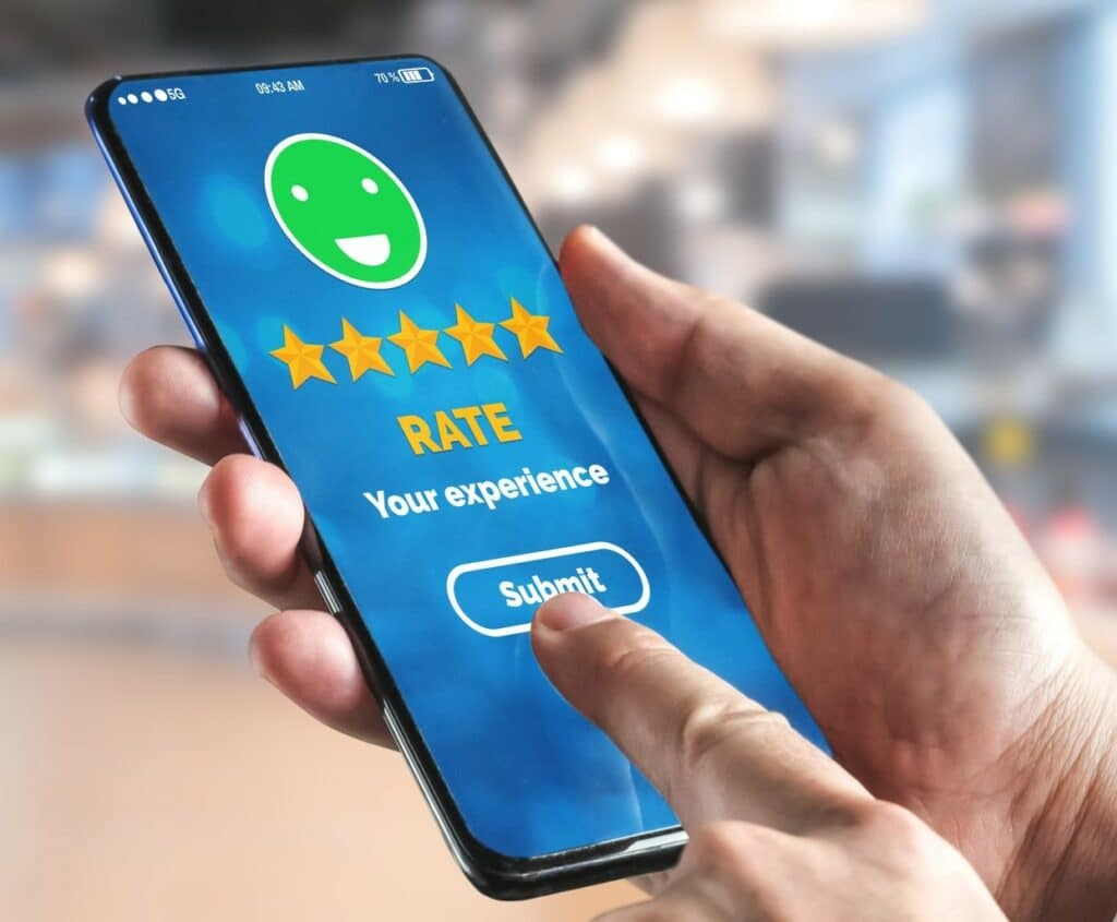 Customer Review Satisfaction Feedback Survey on Mobile Phone